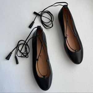 Madewell Black Lace-up Round-Toe Ballerina Loafer